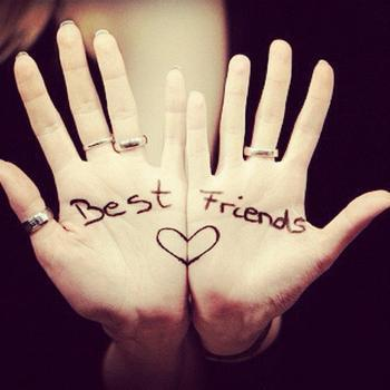 401733819_best_friends_bestfriends_bff_hands_isidora_leyton_xlarge